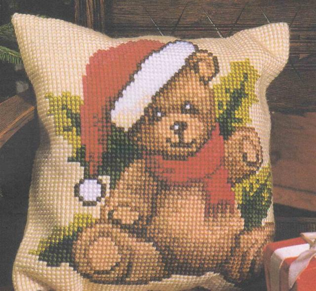 Подушка с медвежонком